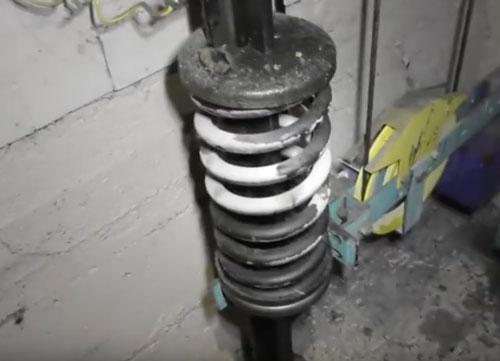 Пружинные буфера для лифтовой системы